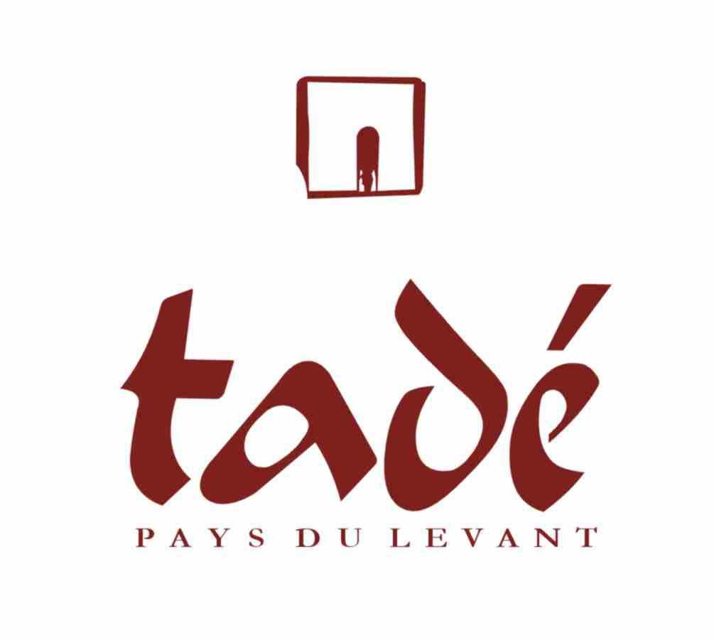 Logo Tadé